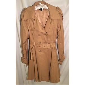 BEBE trench belted flared skirt